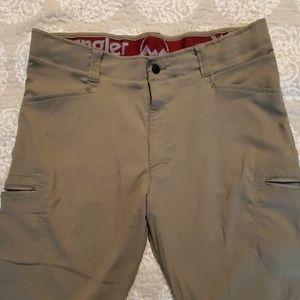 Wrangler khaki stretch fit pants